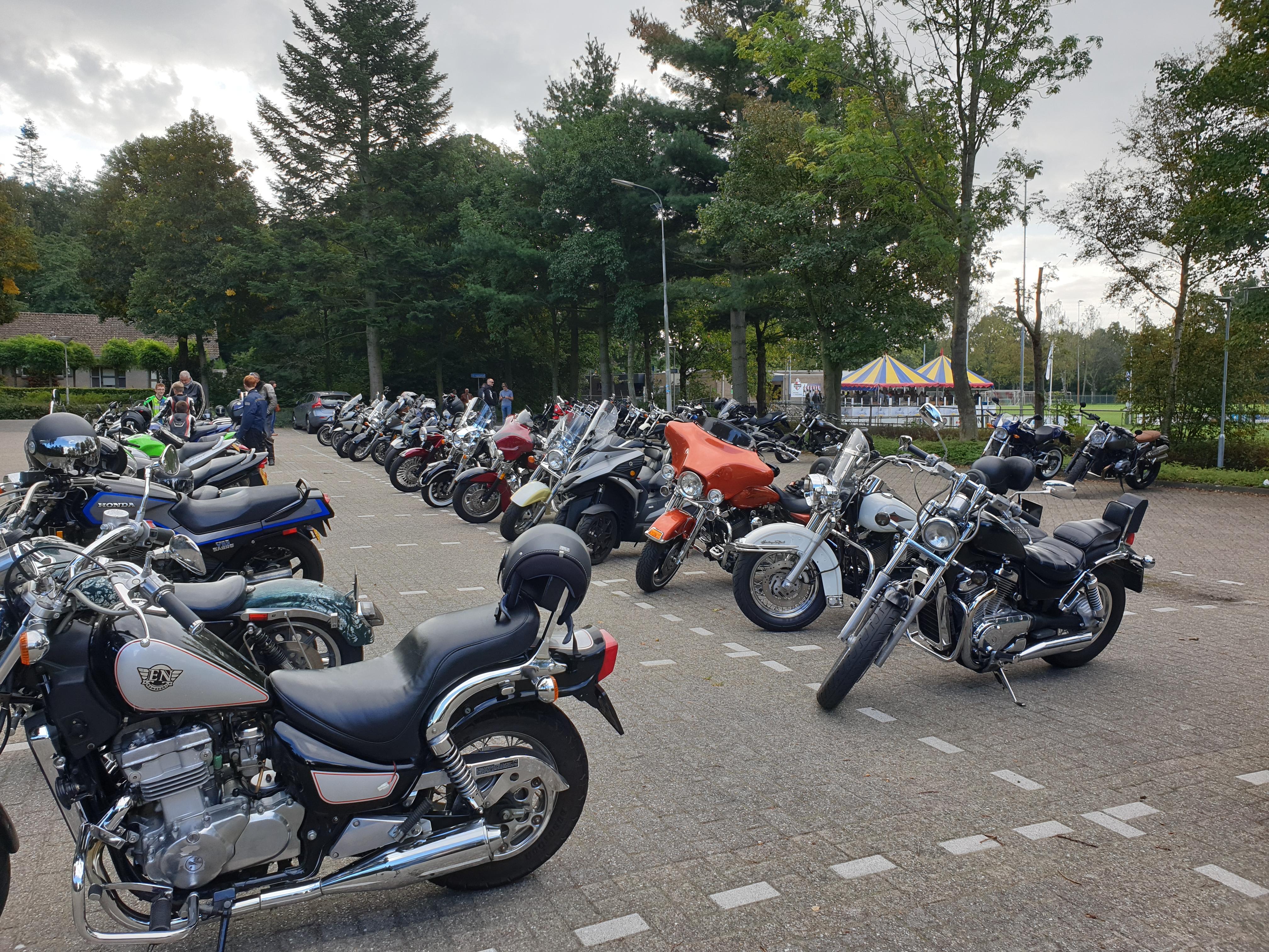 Vertrek motoren Olympia Ride